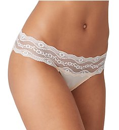 b.tempt'd by Wacoal b.adorable Bikini Panty 932182