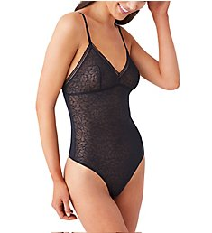 b.tempt'd by Wacoal Etched in Style Bodysuit 936225